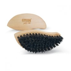 Q2M Leather Brush - Gyeon